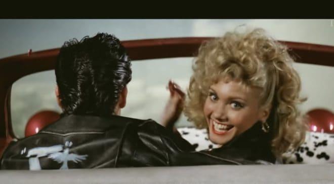 """Olivia Newton-John et John Travolta dans """"Grease""""."""