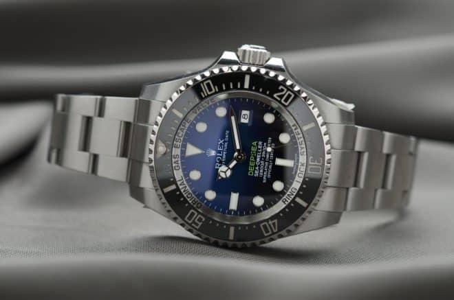 Une montre de luxe. Image d'illustration.