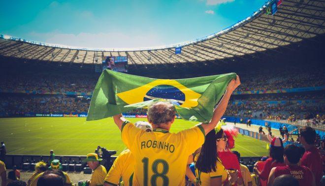 Illustration. Un supporter de la sélection brésilienne de foot.
