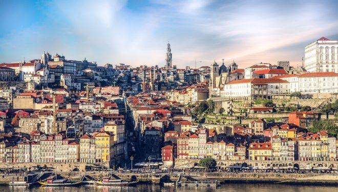 Illustration. Une vue de Porto, au Portugal.