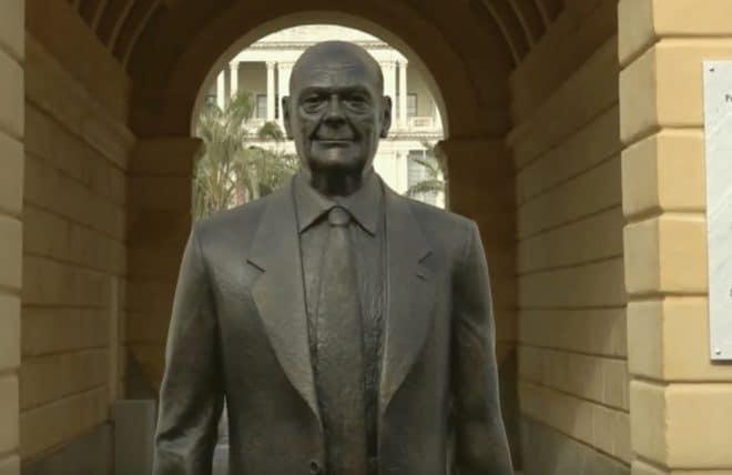 La statue de Jacques Chirac inaugurée le 8 février 2020 à Nice.