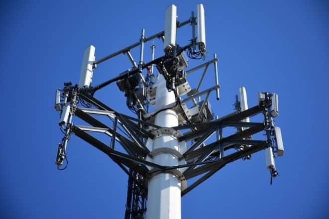 Illustration. Des antennes de téléphonie mobile.