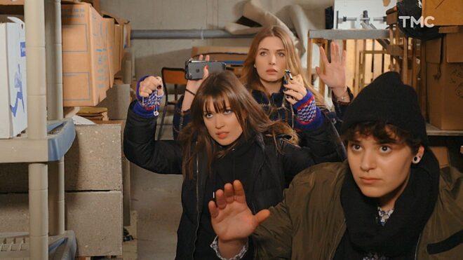 """Fanny, Aurélie et Alex (Les Mystères de l'Amour saison 22, épisode 24 """"Double drame"""")."""