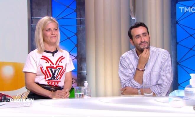 """Marina Foïs et Jonathan Cohen sur le plateau de Quotidien pour parler de leur film """"Énorme""""."""
