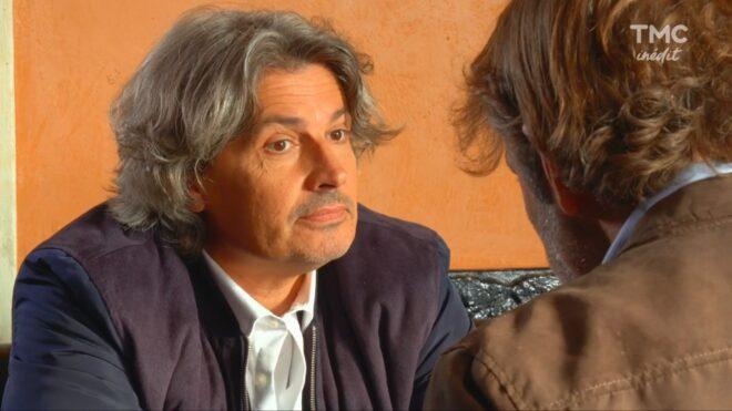 """José (Les Mystères de l'Amour saison 24, épisode 1 """"Docteur Blake"""")."""